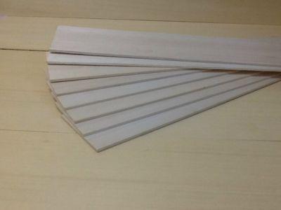 Produtos em Destaque: MADEIRA BALSA 1 A DE  4 X 100 X 930 / 915 PCT C/ 8